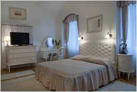 Superior room, Teleki-Degenfeld Castlehotel, Szirak