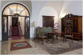 Teleki-Degenfeld Castlehotel, Reception