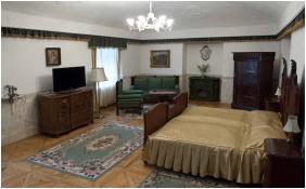 Teleki-Degenfeld Castlehotel, Szirak, Suite