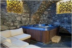 Teleki-Degenfeld Castlehotel, Whirl pool