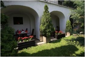 Teleki-Degenfeld Castlehotel, Terrace