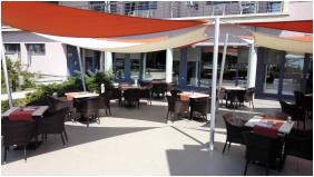 Telekom Hotel, Bár-terasz - Balatonkenese