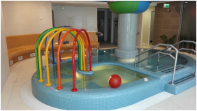 Élménymedence, Telekom Hotel, Balatonkenese