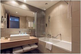 Zuhanyzó, Thermal Hotel Balance , Lenti