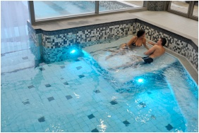 İnsıde pool