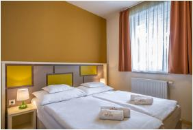 Reception, Thermal Apartments & Camping Harkany, Harkany