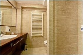 Wellness Hotel To, Bank, Bathroom