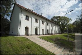 Entrance - Vadkert Inn