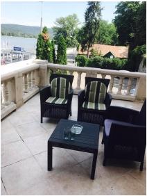 Castle Hotel Var, Visegrad, Terrace
