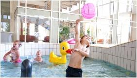 Hotel Velence Resort & Spa, Gyermekmedence - Velence