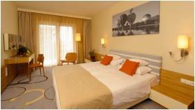 Hotel Velence Resort & Spa, Velence, Superior room