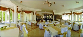 Festive place setting - Hotel Venus
