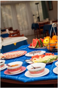 Villa Mediterran, Buffet breakfast