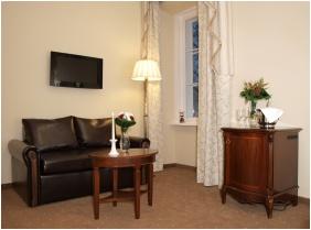 Superior room, Castle Hotel La Contessa, Szilvasvarad