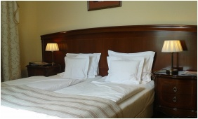 K�t�gyas szoba - La Contessa Kast�lyhotel