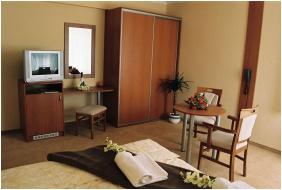 Wellness Hotel M, Hajduszoboszlo, Twın room