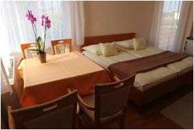 Wellness Hotel-M, Családi apartman - Hajdúszoboszló