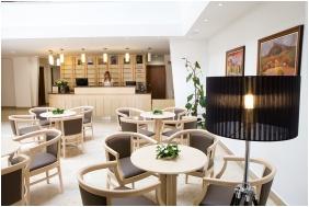 Zenit Hotel Balaton, Recepció