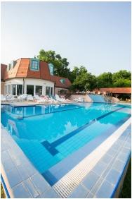Zichy Park Hotel, Külső medence - Bikács