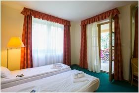 Zichy Park Hotel, Bik�cs, Comfort csal�di szoba