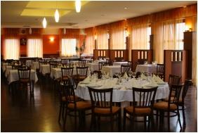 Zchy Park Hotel, Restaurant - Bkacs
