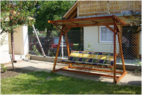 Belső kert, Zsuzsa Apartman Szoboszló, Hajdúszoboszló